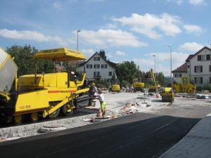 Fehraltorf, Kreisel, Kempttalstrasse